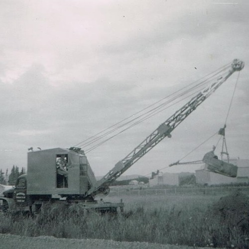 Quickway Dragline on GMC truck